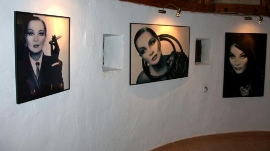 3 fotos de Sara Montiel
