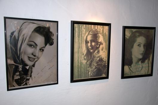 Tres fotos de Sara Montiel