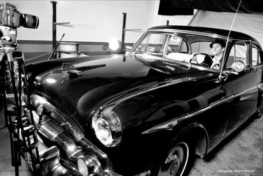 """Imagen en blanco y negro del rodaje del videoclip """"Julie"""""""