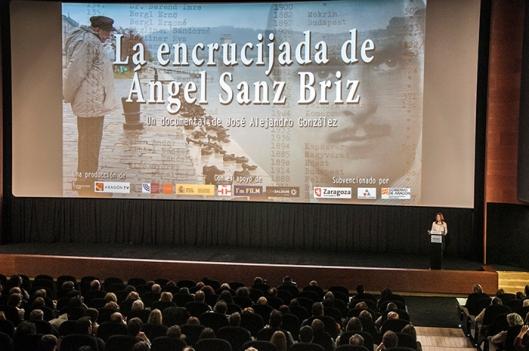 Presentación Documental Encrucijada Ángel Sanz Briz 2015 - Miriam Sánchez
