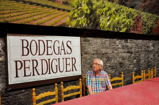 Bodegas Perdiguer-Tertulia Cine-Jose Laporta